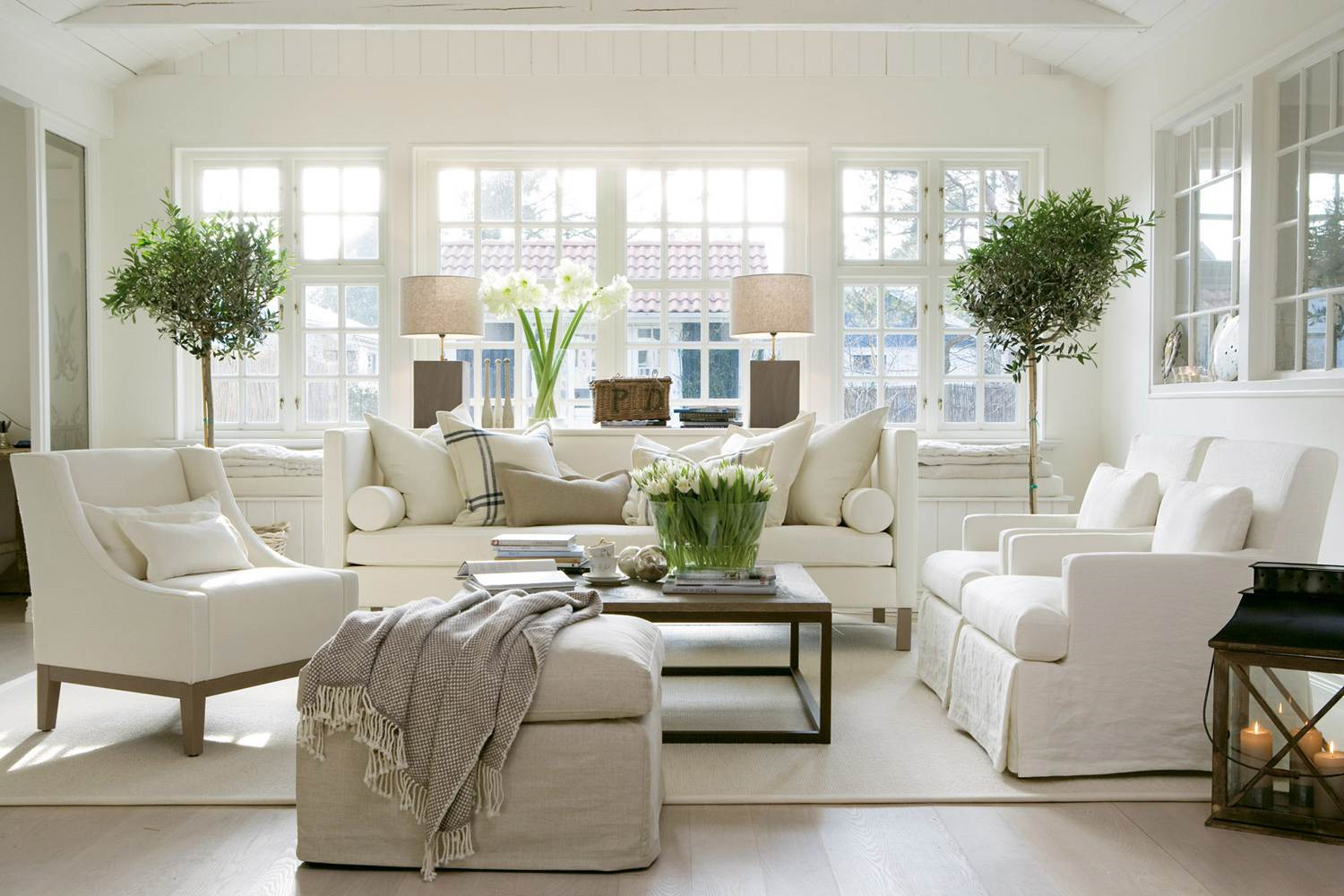 ood muted living room -