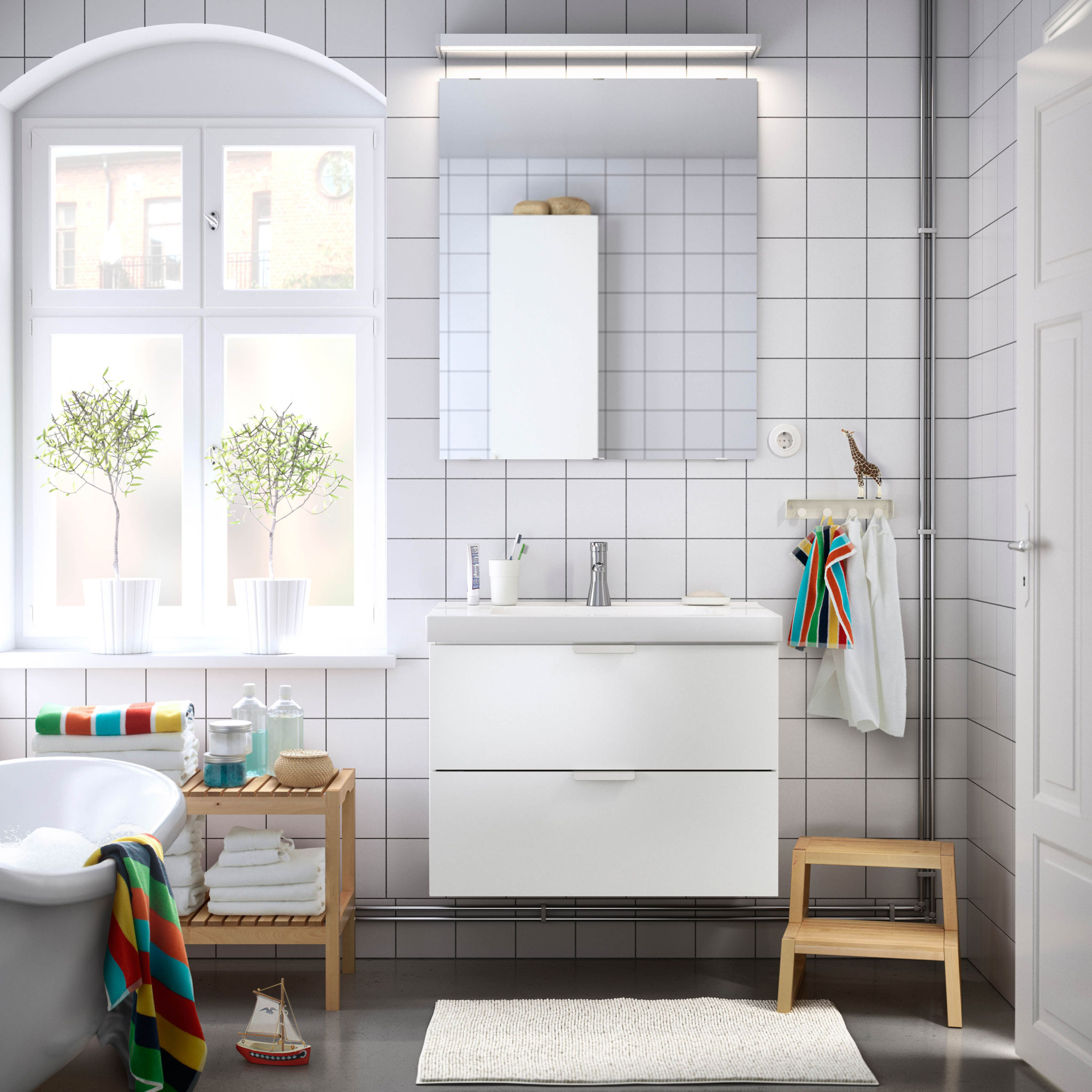 bathroom-simple-bathroom-interior-minimalist-scandinavian-simple-bathroom-scandinavian-l-7209679f9a8fd19f.jpg